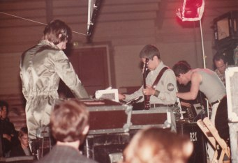 throbbing-gristle-live-sf-1981-2
